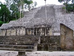 Calakmul by <b>ea1494</b> ( a Panoramio image )