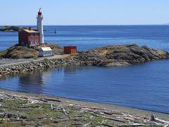 Fisgard Lighthous by <b>Senia IS</b> ( a Panoramio image )