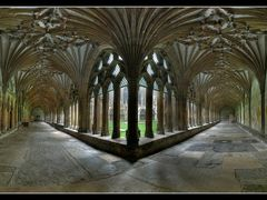 Canterbury cathedral cloister by <b>tmj2007</b> ( a Panoramio image )