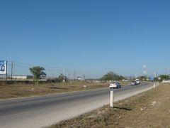 Anillo Periferico Lic. Manuel Berzunza y Berzunza (Kilometro 31) by <b>Jose Manuel Repetto Menendez</b> ( a Panoramio image )