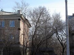 old houses with metal bounds by <b>inguz</b> ( a Panoramio image )