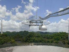Arecibo radio telescope by <b>David Herberg</b> ( a Panoramio image )