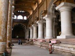 Thirumalai nayakkar mahal in Madurai by <b>snorth</b> ( a Panoramio image )