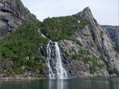 Waterfall on Lysefjorden / Norway by <b>Sergey Ashmarin</b> ( a Panoramio image )