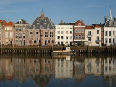 Maassluis - View at the Stadhuiskade by <b>Ria Maat</b> ( a Panoramio image )