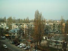 Langa Bl H4 unde locuiesc Gina si Catalin by <b>Catalin Ioan</b> ( a Panoramio image )