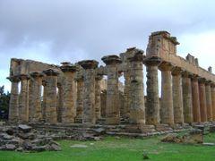 DORIC TEMPLE OF ZEUS, CYRENE, LIBYA by <b>Stefan11</b> ( a Panoramio image )