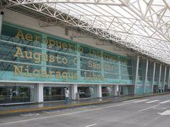 aeropuerto de nicaragua by <b>Jorge lenis</b> ( a Panoramio image )