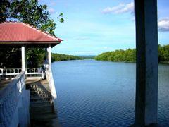 sungai peleK fishing Jetty by <b>falcon5593</b> ( a Panoramio image )