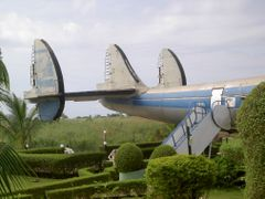 Sao Tome e Principe - Crashed Super Constellation used as Restau by <b>Wittenbach45</b> ( a Panoramio image )