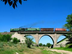 Rail viaduct by <b>Utkin Mikhail</b> ( a Panoramio image )