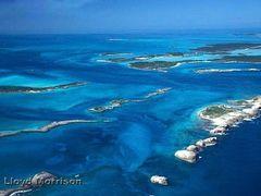 Exuma Cays, Bahamas by <b>adventuretravelww.com</b> ( a Panoramio image )