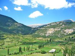Coll de Josa des de Gosol by <b>joan miquel</b> ( a Panoramio image )