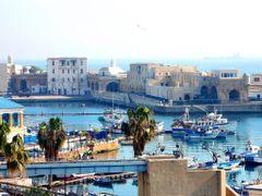 Alger: Vieux port de la Pecherie by <b>PedroRoncales</b> ( a Panoramio image )