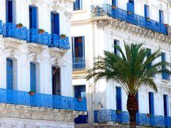 Alger: Ville blanche et bleue by <b>PedroRoncales</b> ( a Panoramio image )