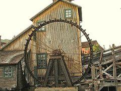 Mill House, California Adventure, Disneyland CA by <b>Tom Troxel</b> ( a Panoramio image )