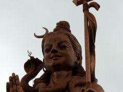 God Shiva and a rainy day, Mauritius, january 2008 by <b>Sterntaucher</b> ( a Panoramio image )