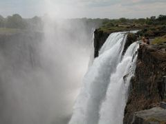 Hanging out at Victoria Falls, delicious mist climbs 250 meters  by <b>snorth</b> ( a Panoramio image )