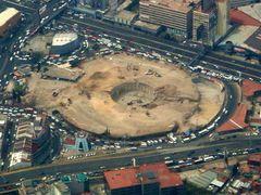 Lo que quedo del Toreo de 4 Caminos. Lo han demolido by <b>Jagarmunoz</b> ( a Panoramio image )