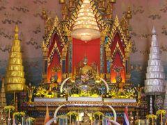 Phra Sai ; Wat Phon Chai by <b>jing-jo</b> ( a Panoramio image )