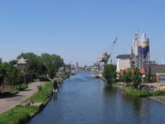 Delft Schieoevers by <b>michiel1972</b> ( a Panoramio image )