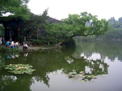 Lago Oeste (Hangchow - China) by <b>Angel PC & Susana SF</b> ( a Panoramio image )