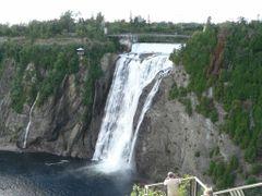 Canada, la chute de Montmorency au Qu?bec by <b>Roger-11</b> ( a Panoramio image )