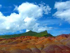 Les terres sacrees aux 7 couleurs (THIEU) by <b>Thieu83</b> ( a Panoramio image )