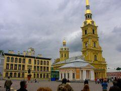 Catedral de S.Pedro y S. Pablo. San Petersburgo by <b>Francisco Gonzalez Martinez</b> ( a Panoramio image )