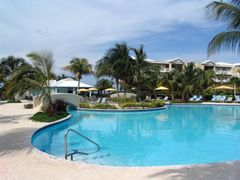 Alexandra Resort by <b>Marius M.</b> ( a Panoramio image )
