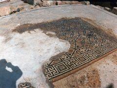 Mosaic floor, Promontory Palace, Caesarea (FEB_MAR-1993) by <b>Ilya Borovok</b> ( a Panoramio image )
