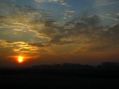 Sunrise in Charleroi airport by <b>Alberto R. Gomez</b> ( a Panoramio image )
