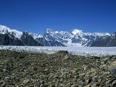 Tanimas Pass looking down the Fedchenko Glacier by <b>hausibek</b> ( a Panoramio image )