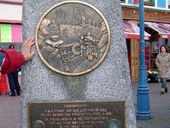 IRLANDA In Memorian de la ultima escala del Titanic, Cobh by <b>Talavan</b> ( a Panoramio image )