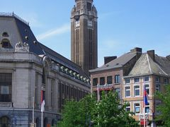 Hotel de Ville et Place Charles II, Charleroi by <b>infausto</b> ( a Panoramio image )