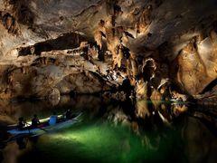 Puerto Princesa Subterranean River, Palawan by <b>La Venta</b> ( a Panoramio image )