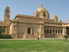 Umaid Bhawan palace by <b>chetoo</b> ( a Panoramio image )