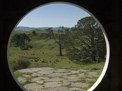 Hobbiton: Looking out of Bag end by <b>GandalfTheWhite</b> ( a Panoramio image )