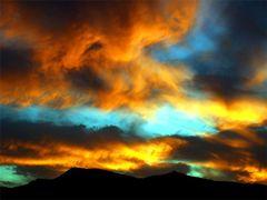 Fuego en el cielo,,,, by <b>jose vazquezjosedemelilla</b> ( a Panoramio image )