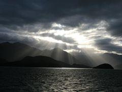 Lake Tekapo, NZ by <b>Tom Boyle</b> ( a Panoramio image )