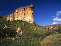 Brandwag buttress, Golden Gate Highlands National Park, South Af by <b>Graham Hobbs</b> ( a Panoramio image )