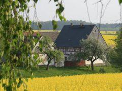 Callenberg (Lobsdorf) - Bauernhof by <b>pixelliebe</b> ( a Panoramio image )