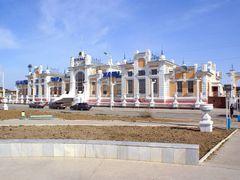 Kyzylorda railway terminal by <b>Utkin Mikhail</b> ( a Panoramio image )