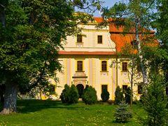 Kietlin Pa?ac by <b>Jerzy Malicki</b> ( a Panoramio image )