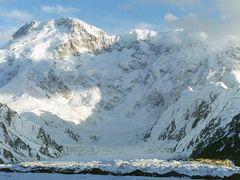 Peak Pobeda by <b>garthwillis</b> ( a Panoramio image )