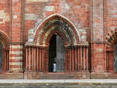 St Magnus Cathedral by <b>Ian @ Wilmar</b> ( a Panoramio image )