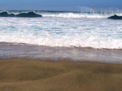 Kalalau Beach by <b>livingworld</b> ( a Panoramio image )