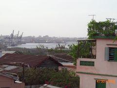 Vista de la Habana desde San Miguel de Padron. (Zoom-2) by <b>Roberto Lam</b> ( a Panoramio image )