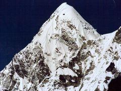 Pumori  7165 muM. by <b>Burgener  Norbert</b> ( a Panoramio image )