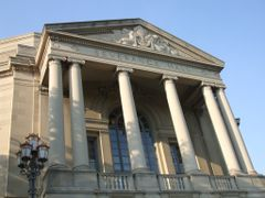 Severance Hall Facade by <b>DWGRadio</b> ( a Panoramio image )